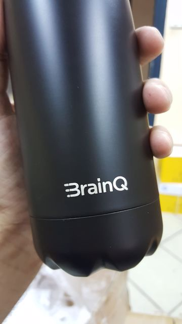 בקבוק ממותג עבור BRAINQ