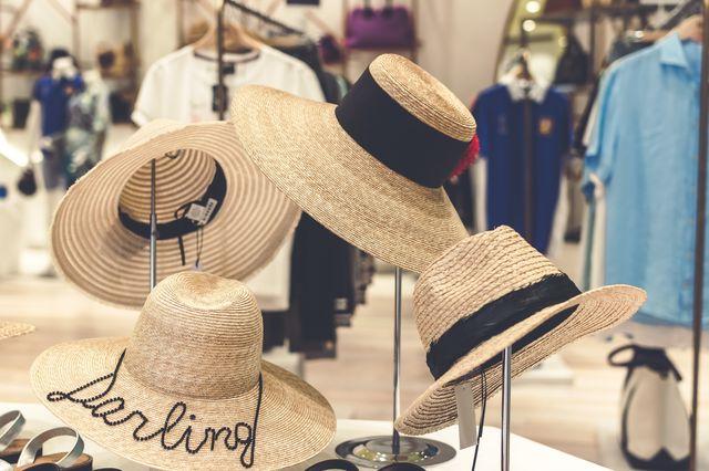 כובעים ממותגים לפי שהקיץ יחלוף